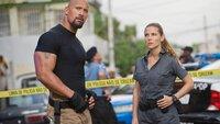 DSS-Agent Luke Hobbs (Dwayne Johnson) will Dom und sein Team mit Hilfe der Streifenpolizistin Elena Neves (Elsa Pataky) ausfindig machen.
