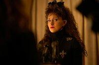 Annaleigh Ashford als Paula Jones