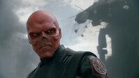 Gilt als unbesiegbar: Naziagent Johann Schmidt alias Red Skull (Hugo Weaving) ...