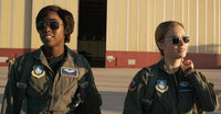 Maria Rambeau (Lashana Lynch, l.); Carol Danvers/Captain Marvel/Vers (Brie Larson, r.)
