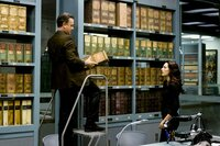 Tom Hanks (Robert Langdon), Avelet Zurer (Vittoria Vetra).