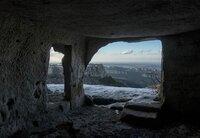 Im Südwesten der Halbinsel Krim verbirgt sich ein unterirdischer Bunker für die Atom-U-Boote der Schwarzmeerflotte - in der traumhaft schönen Bucht von Balaklawa.