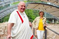 Annette Krause trifft bei Ihrem Besuch in der größten römischen Thermenanlage nördlich der Alpen in Badenweiler auf Fritz Steinbrunner.