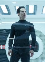 """John Harrison """"Khan"""" (Benedict Cumberbatch) verfolgt einen dunklen Plan: Er hat eine alte Rechnung zu begleichen und dafür ist ihm jedes Mittel recht ..."""