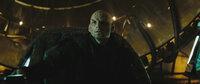 Will auf seinem Rachefeldzug die gesamte Menschheit vernichten: Romulane Nero (Eric Bana) ...