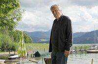 Jakob Bredemeyer (Hansjürgen Hürrig) hat Sorge, dass er langsam dement wird.