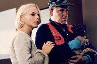 Die Staatsanwältin Anna (Helena Bergström) hat endlich einen Zeugen gefunden - den geistig zurückgebliebenen Ove (Tomas Norström).