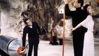 Kananga/Big (Yaphet Kotto, l.), James Bond (Roger Moore), Solitaire (Jane Seymour)