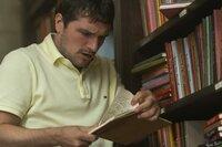 Josh Futturman (Josh Hutcherson)