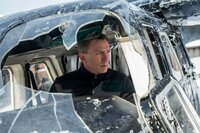 Daniel Craig (James Bond).