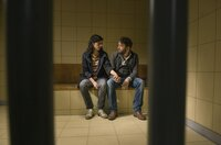 Kira Dorn (Nora Tschirner) verspricht Lessing (Christian Ulmen) aus der U-Haft zu holen.