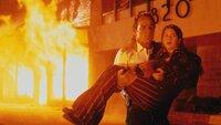 Tommy Lee JONES (Mike Roark), Gaby HOFFMANN (Kelly Roark)