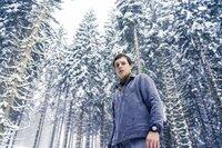 """Gregor Ansbach (Franz Hartwig), der """"Mann aus dem Wald""""."""