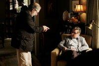 Regisseur Vincent Misiano (l.) und David O'Hara als Alistair Fitz.
