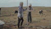 Inmitten der kasachischen Steppe hat das russische Archäologenteam bereits mehr als 200 Steinbauten freigelegt. Es wird Jahrzehnte dauern, alle Schätze in diesem riesigen Areal zu heben, zu dokumentieren und auszuwerten.