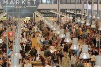 Der alte Mercado da Ribeira in Lissabon bietet seit kurzem auch ein großes gastronomisches Angebot.