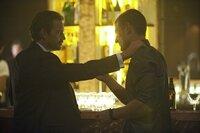 L-R: James Leatherby (Dougray Scott) und Sgt. Michael Stonebridge (Philip Winchester)