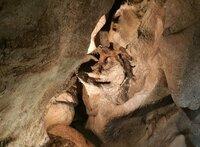 Die Grotte von Sare. Im Mittelalter hat die Katholische Kirche hier Hexenprozesse abgehalten.