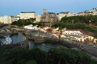 Blick auf den Alten Hafen von Biarritz. Bis ins 17. Jahrhundert wurden hier die Wale ans Ufer gezogen.