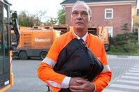 Der Berater Felsenhain (Martin Brambach) wird zurückgelassen.