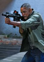 Will Smith (Henry Brogan / Junior).