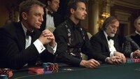 James Bond (Daniel Craig, l.)