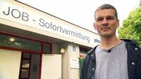 Andreas ist Tagelöhner und geht jeden Morgen um sechs Uhr zur Tagesjobvermittlung.