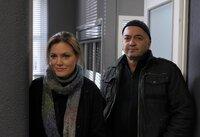 """Zusammen sind sie ein """"starkes Team"""": Verena Berthold (Maja Maranow) und Otto Garber (Florian Martens).                    ."""