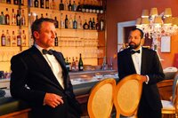 PK-15 [CR_12619_r4].jpg? Daniel Craig (left) and Jeffrey Wright (right) star in Metro-Goldwyn-Mayer Pictures/Columbia Pictures/EON Productions? action adventure Casino Royale.Photo Credit: Jay Maidment James Bond - Casino Royale_Daniel Craig Jeffrey Wright
