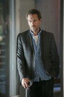 Bei einem Autounfall wird Abby Morganthal verletzt. Dr. Gregory House (Hugh Laurie) interessiert sich jedoch mehr für deren Tochter Hannah, die über kein Schmerzempfinden verfügt und bei dem Unfall ebenfalls im Auto saß.