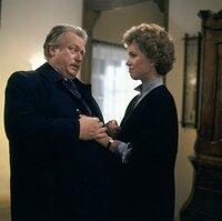 Onkel Ludwig (Günter Strack, l.) will Vera (Witta Pohl, r.) in der schweren Zeit nach dem Tod ihres Mannes beistehen.