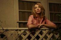 Winona Hawkins (Natalie Zea)