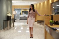 """SUITS -- """"Priviledge"""" Episode 506 -- Pictured: Meghan Markle as Rachel Zane -- (Photo by: Shane Mahood/USA Network)"""