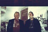 Eko Fresh (r.) und sein Vater, der türkische Musiker Nedim Hazar.
