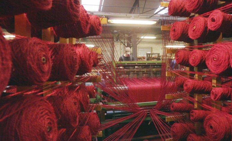 Das Dorf der roten Teppiche - Die Kokosweberei Schär in der Eifel
