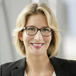 Yvonne Willicks
