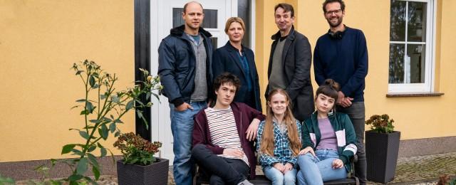 """""""Mirella Schulze rettet die Welt"""": Drehstart für neue TVNOW-Dramedy um Klimaaktivistin"""