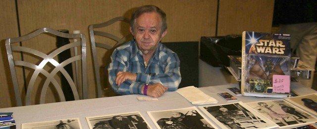"""Stuntman mit populären Rollen in """"Buck Rogers"""" (""""Twiki"""") und """"Kampfstern Galactica"""" (""""Lucifer"""")"""