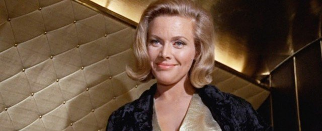 """Goldfinger""-Star Honor Blackman ist tot"