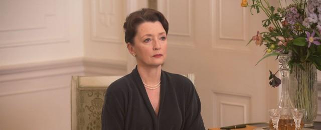 """""""The Crown"""": Lesley Manville wird zu Prinzessin Margaret"""