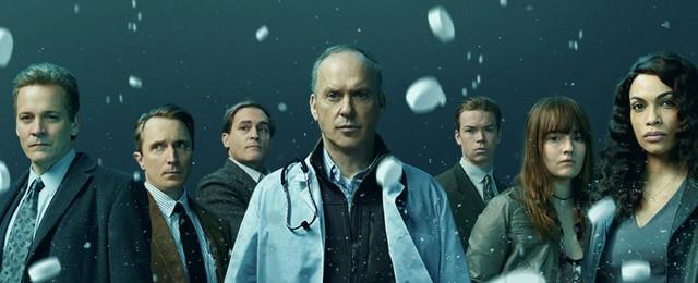 """[UPDATE] """"Dopesick"""": Michael Keaton macht im neuen Trailer Patienten süchtig"""
