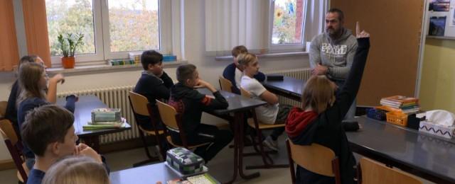 """Schlechte Quoten: RTL Zwei trennt sich von """"Stahl:hart gegen Mobbing"""" und """"Dickes Deutschland"""""""