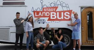Stadt, Land, Bus